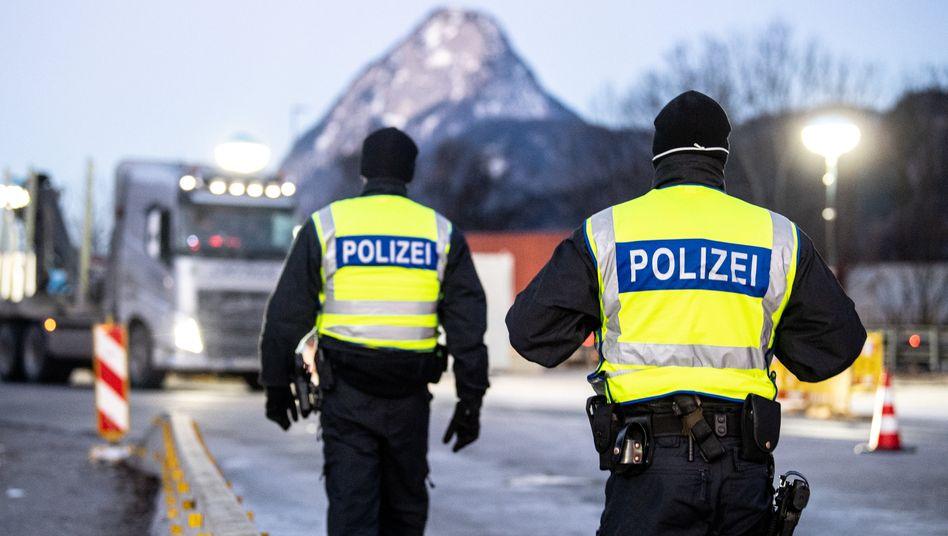 Kontrolle an der deutsch-österreichischen Grenze: Werden wichtige Lieferketten wieder unterbrochen?