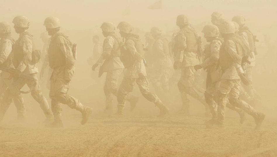 Saudi-arabische Truppen (Archivbild): Angeblich massiver Grenzaufmarsch