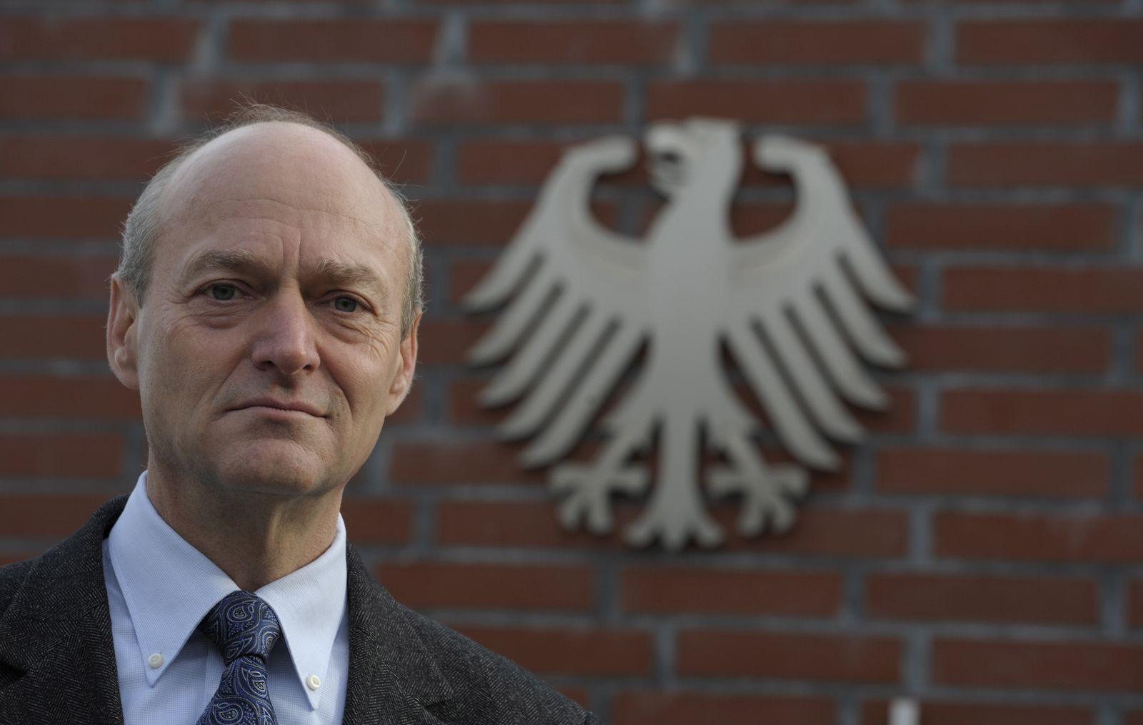 NICHT VERWENDEN Gerhard Schindler