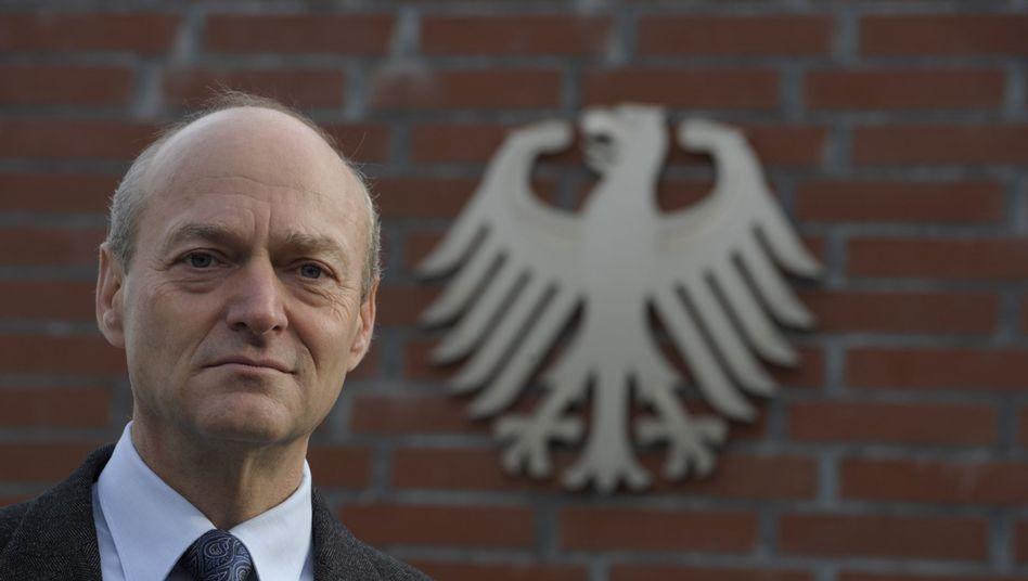 "BND-Präsident Schindler: ""Die Erosion des Militärs hält an"""