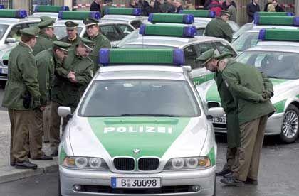 """Streifenwagen der Polizei in Berlin: """"Das war absehbar"""""""