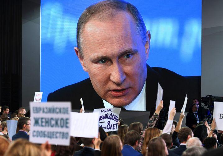 Putin bei einer Pressekonferenz