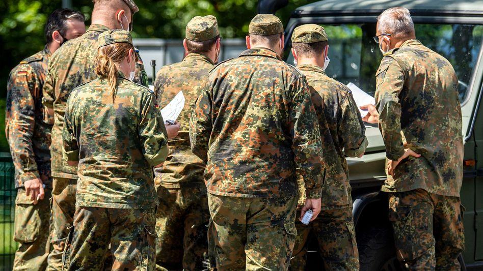 Soldaten der Bundeswehr (Symbolbild): Die Truppe soll diverser werden
