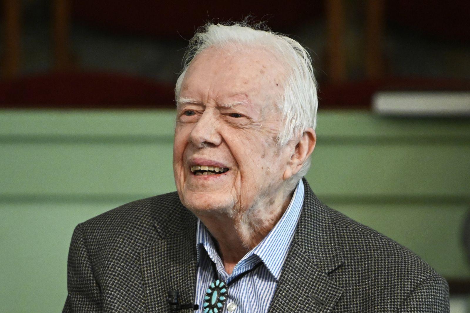 Früherer US-Präsident Carter verlässt Krankenhaus