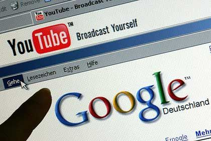 German authors are protesting Google's plans to make their works available online.
