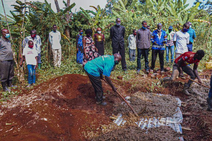Die vierte Beerdigung im Dorf Bwefulumya binnen weniger Tage