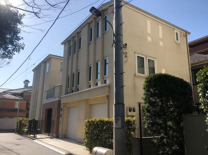 Aus diesem Haus in Tokio soll Carlos Ghosn geflohen sein