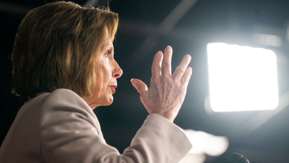 "Nancy Pelosi: ""Niemand steht über dem Gesetz"""