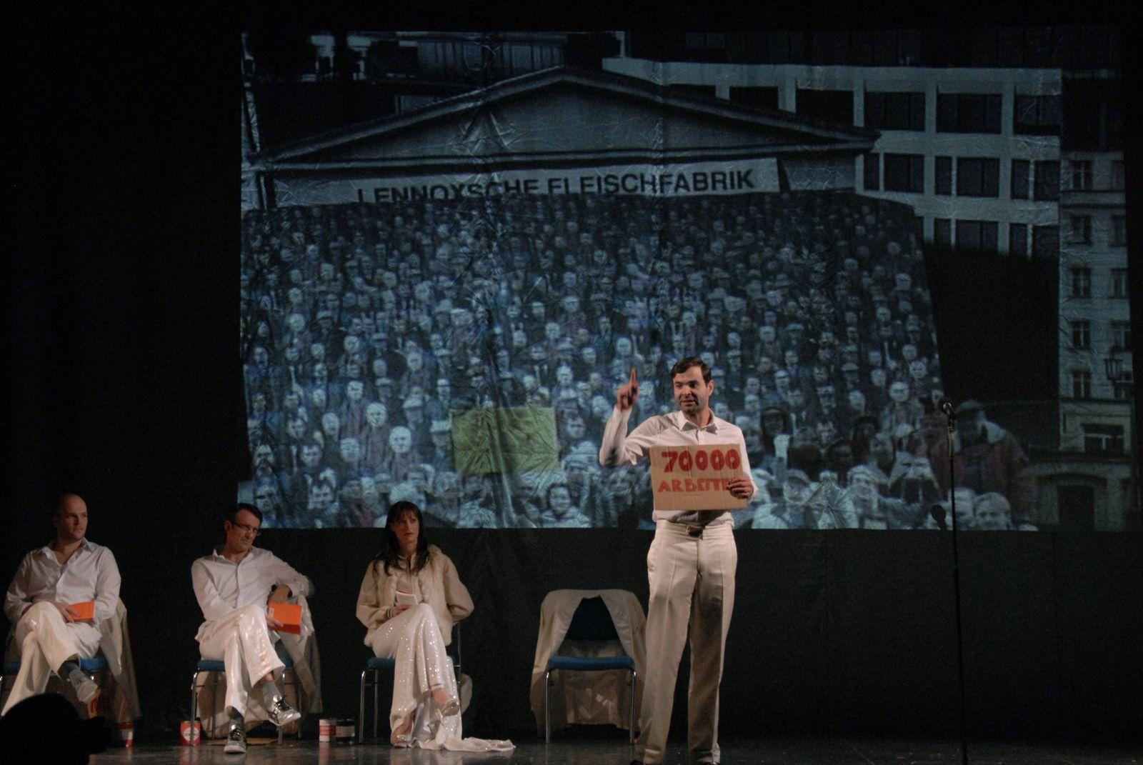 55/ Theater: Deutsches Theater Berlin DIE HEILIGE JOHANNA DER SCHLACHTHÖFE von Bertolt Brecht, Regie Nicolas Stemann Pre