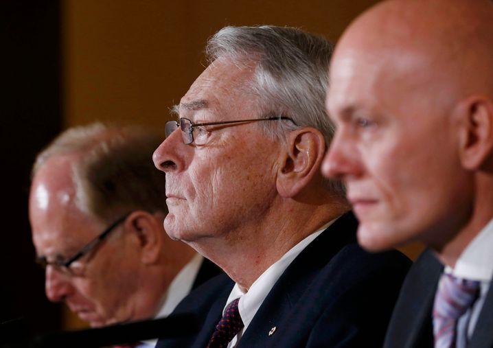 Gesicht einer anderen, älteren IOC-Zeit: Richard Pound (Mitte), ehemaliger IOC-Vizepräsident