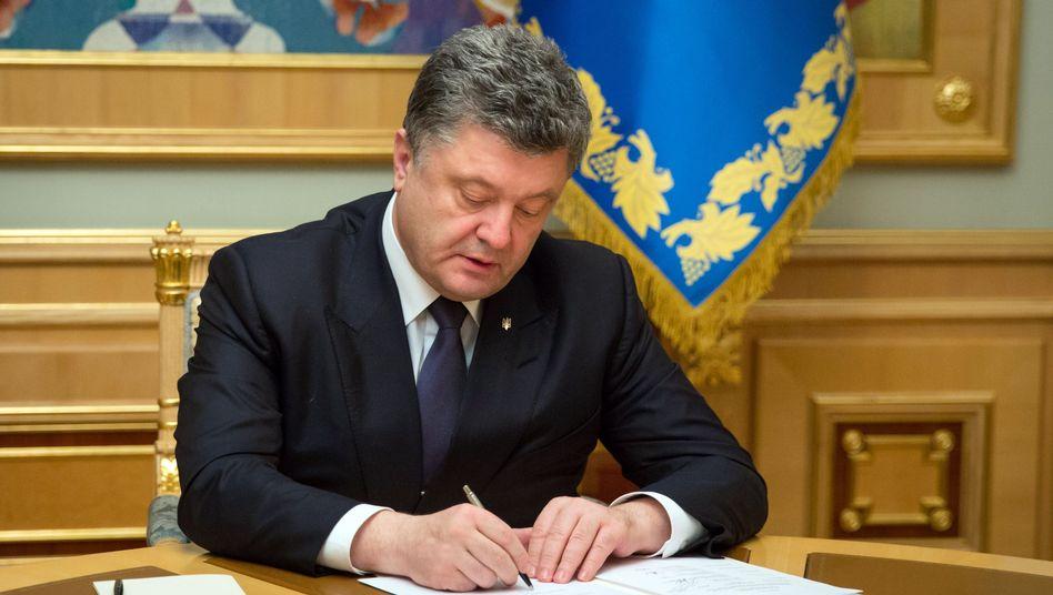 "Ukrainischer Präsident Poroschenko: Gesetz gegen den ""Aggressorstaat"""