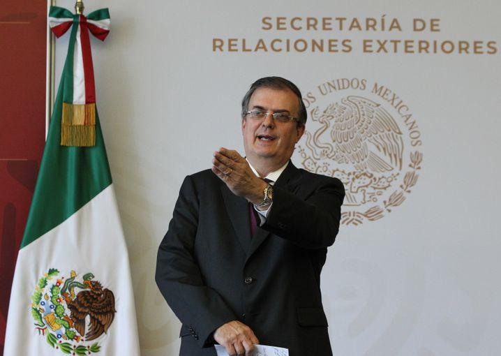 """Mexikos Außenminister Marcelo Ebrard: """"Erste Forderung dieser Art in der Geschichte"""""""