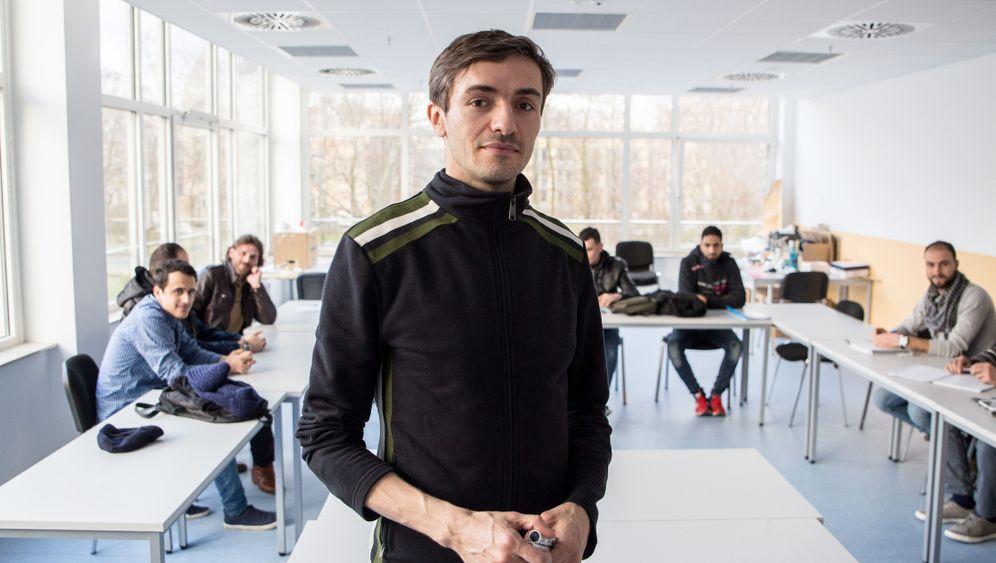 Unterricht für Flüchtlinge: Plötzlich Sprachlehrer