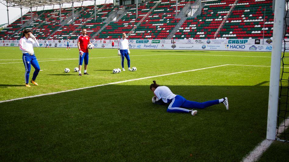 Seit sie ein kleines Mädchen war, ist Julia Gritschenko verrückt nach Fußball. Sie schaffte es bis in die russische Nationalmannschaft. Und hat zur WM in ihrem Land einen großen Wunsch.