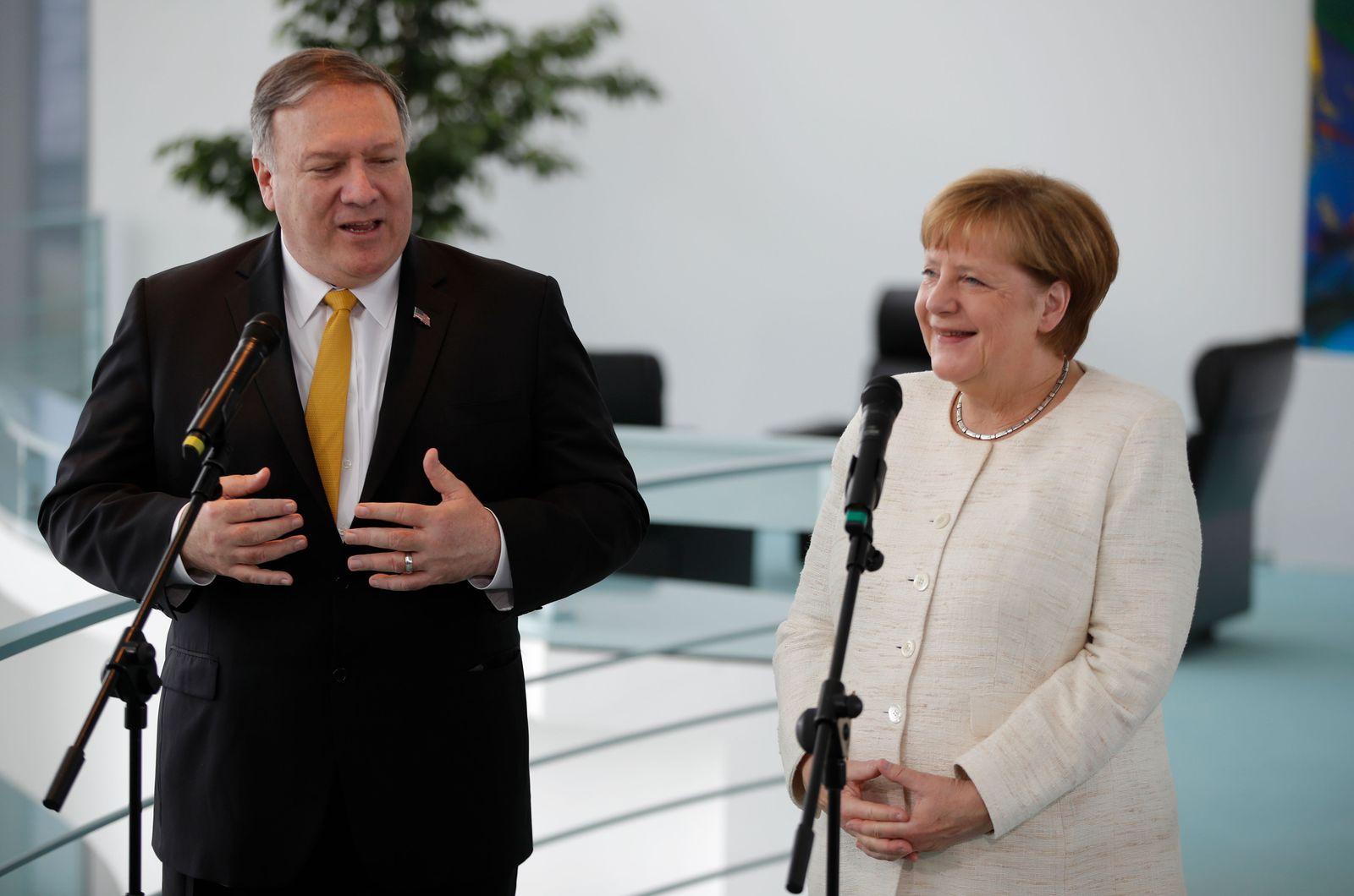 Angela Merkel Mike Pompeo