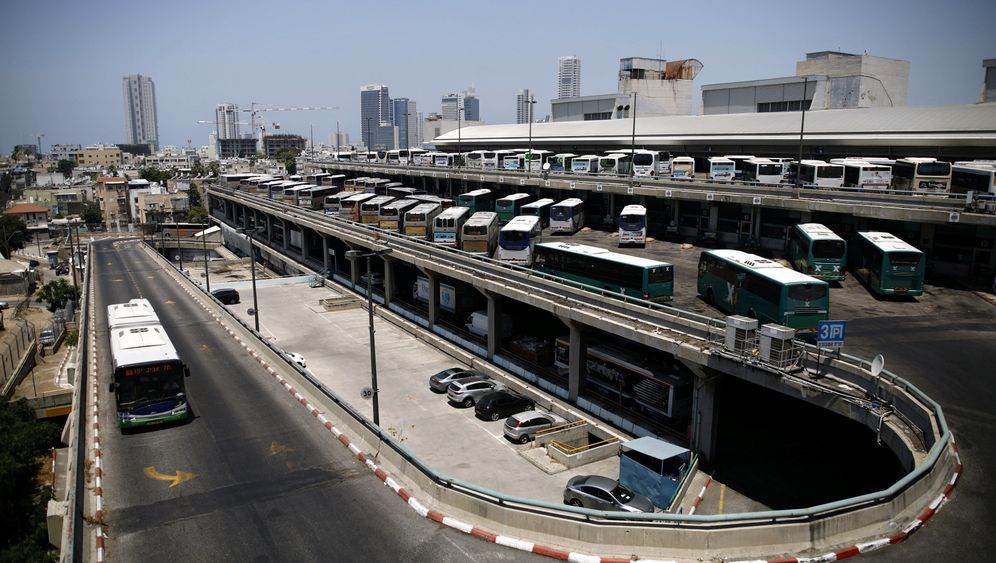 Busbahnhof von Tel Aviv: Schönheit im Chaos