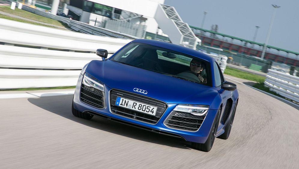 Autogramm Audi R8 V10 Plus: Der weiche Riese