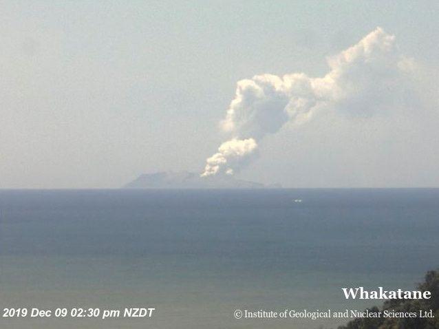EINMALIGE VERWENDUNG Neuseeland White Island Vulkan