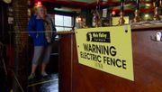Ein Elektrozaun im Pub
