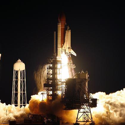 """Raumfähre """"Endeavour"""": Erfolgreicher Start bei Nacht"""