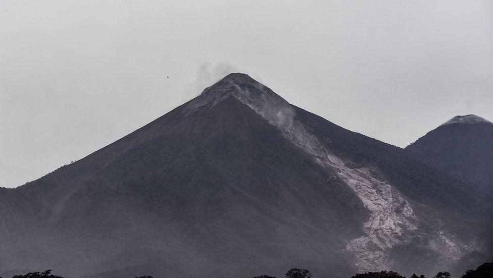 Vulkanausbruch in Guatemala: Von Asche bedeckt