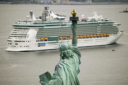 """""""Freedom of the Seas"""" (in New York): Putzkampf gegen einen Virus"""