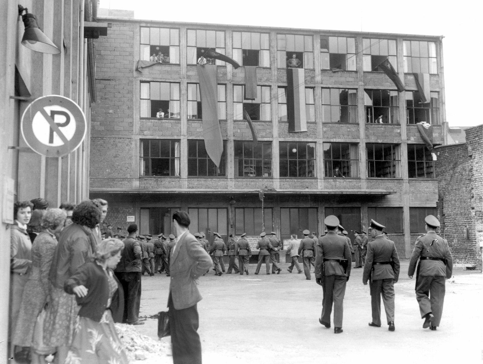 Kommunistische Partei Deutschlands verboten