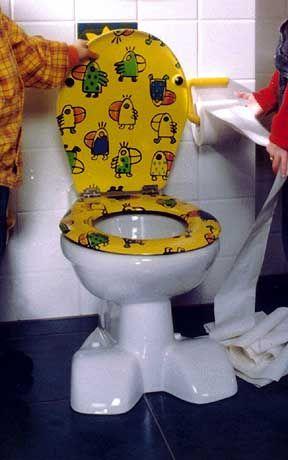 """Kultgegenstand: Der """"Thron"""" mausert sich zum Möbel. Hier eine Toilette für Kinder"""