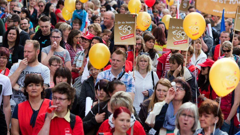 Erzieher demonstrieren in Dresden: Eine Fachkraft für 15 Kleinkinder