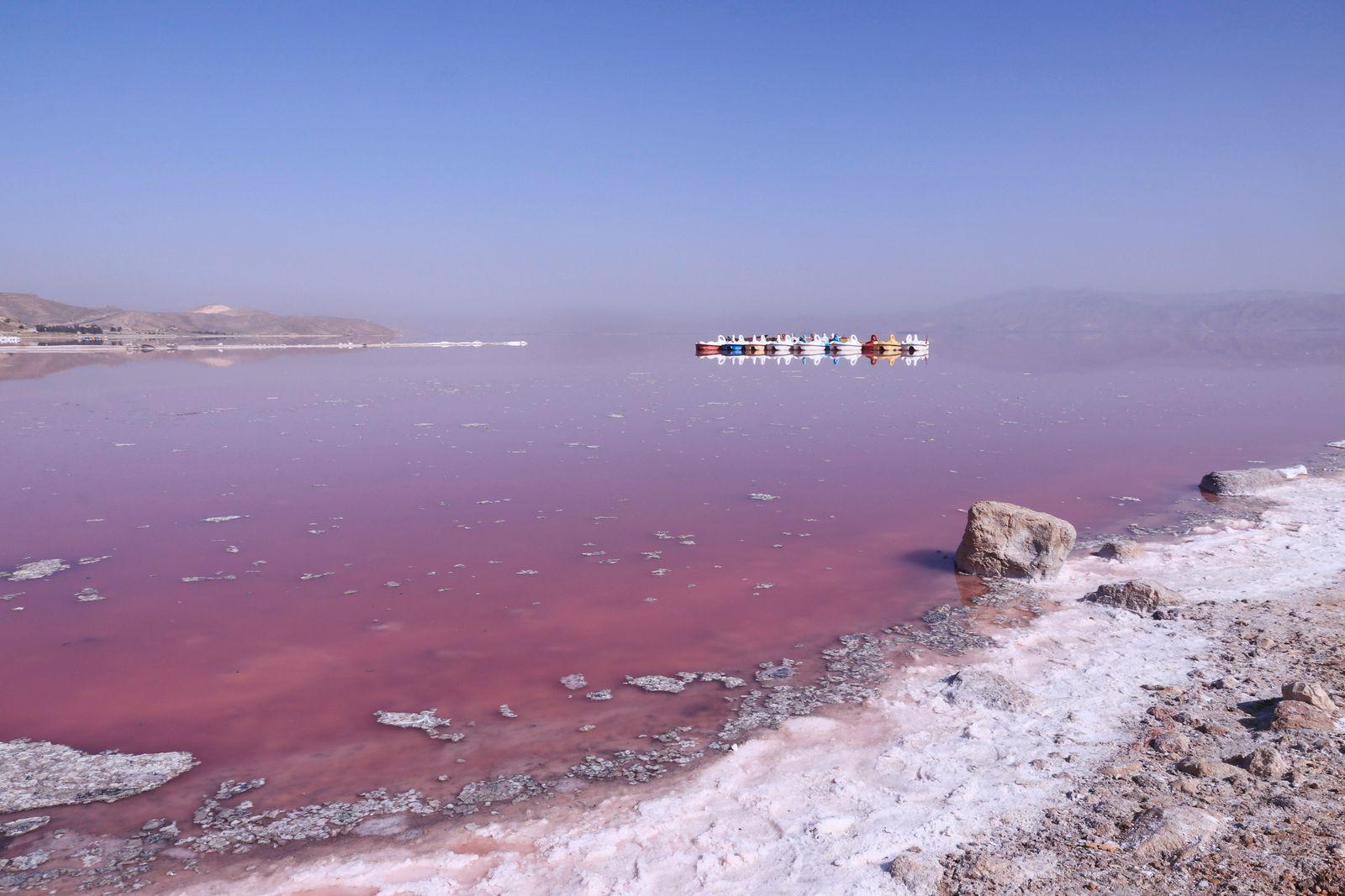 Maharloo (Pink) Lake, Shiraz, Iran