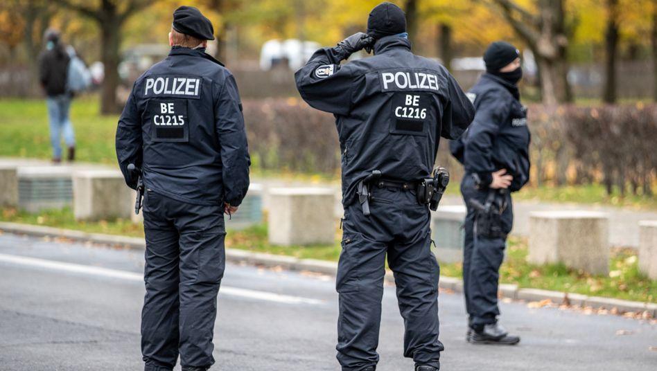Polizisten in Berlin: Silvester ist eine besondere Herausforderung