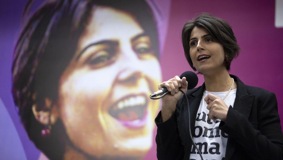 Brasilianische Politikerin Manuela d'Ávila: Unzählige Mord- und Vergewaltigungsdrohungen