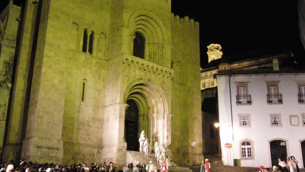 Coimbra in Portugal: Straßentheater und Fado