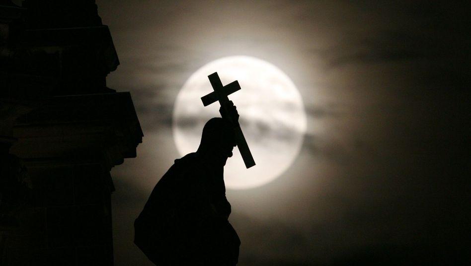 Hoffentlich katholisch: Kirchen dürfen sich über vieles im Arbeitsrecht hinwegsetzen