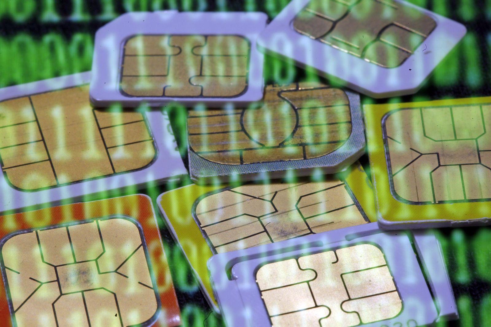 NICHT MEHR VERWENDEN! - Symbolbild Handy/ Daten/ Vorratsdatenspeicherung/ SIM Karten