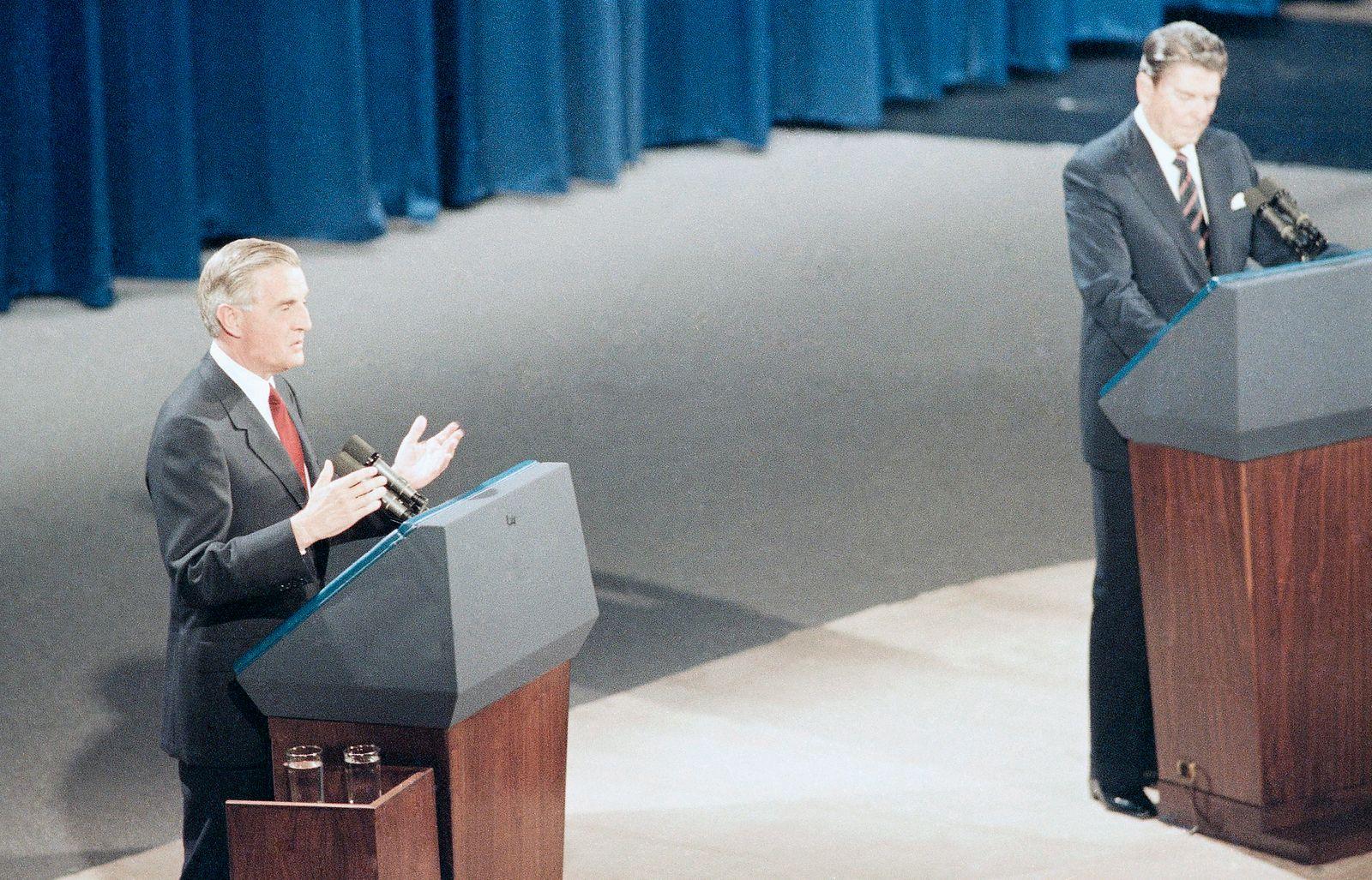 Walter Mondale, Ronald Reagan