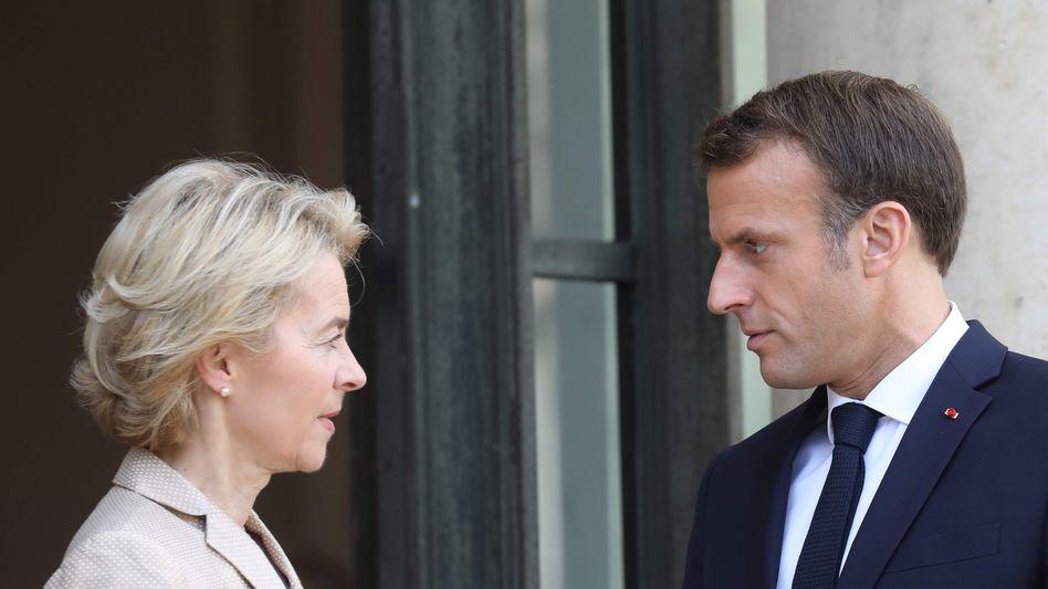 Ursula von der Leyen und Emmanuel Macron am Montag in Paris: Viel Arbeit vor sich. Sehr viel
