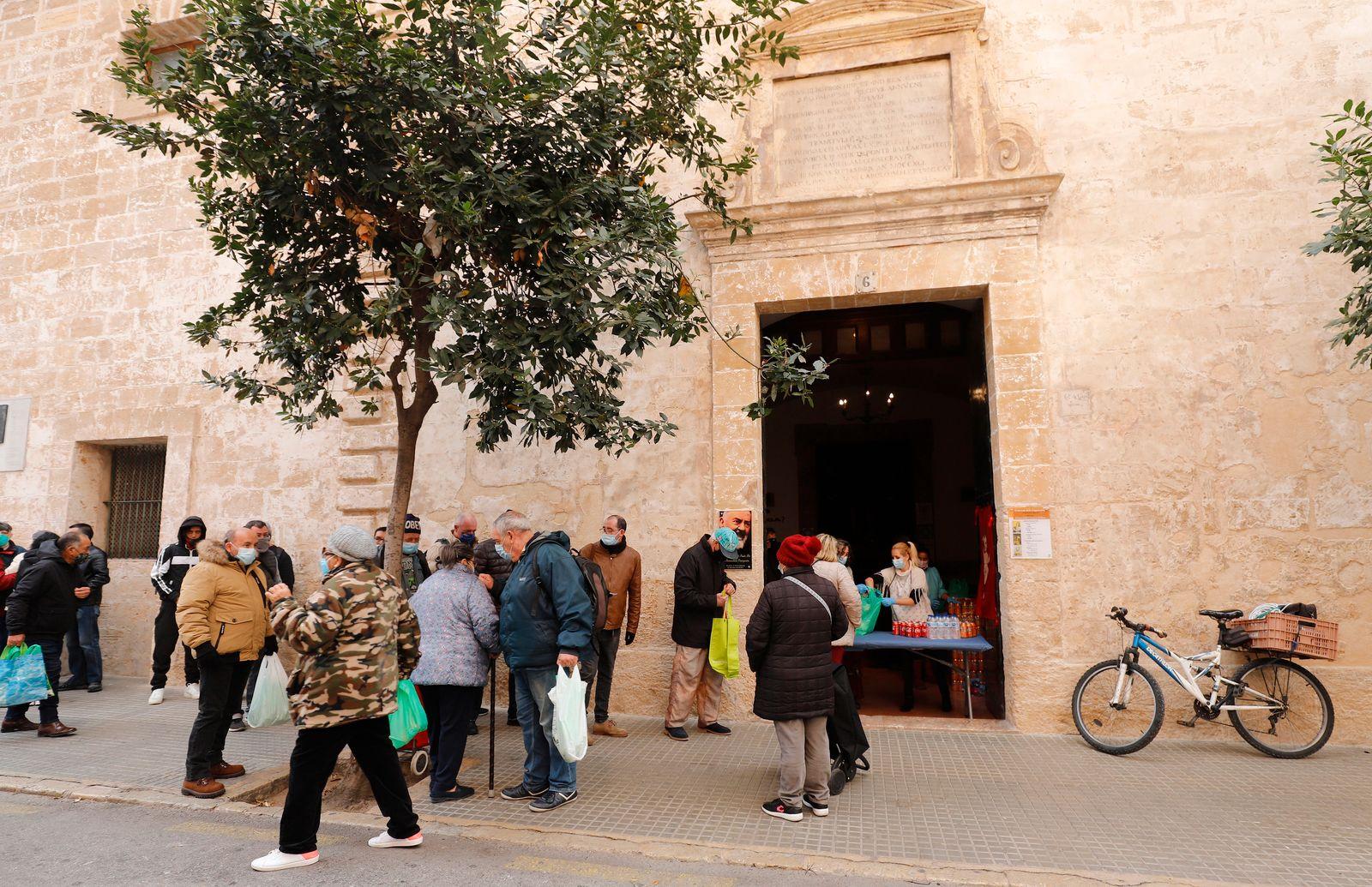 Wohltätiges Weihnachtsessen auf Mallorca