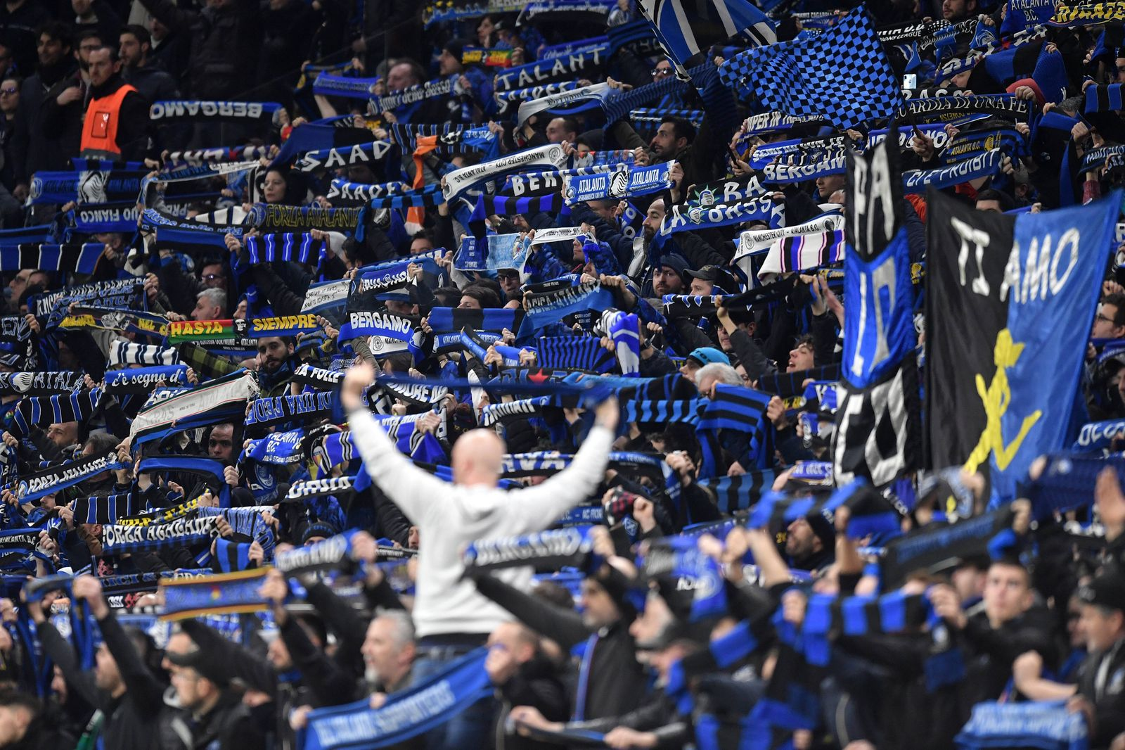 Atalanta fans cheer on Milano 19/02/2020 Stadio San Siro Football Champions League 2019/2020 Round of 16 1st leg Atalant