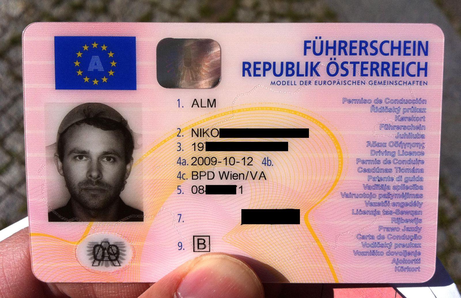 EINMALIGE VERWENDUNG Niko Alm / Führerschein