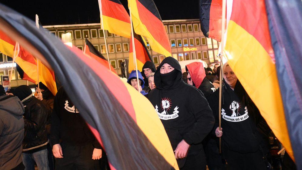 """Kögida und die Gegendemo: """"Pegida? Läuft in Köln nicht"""""""