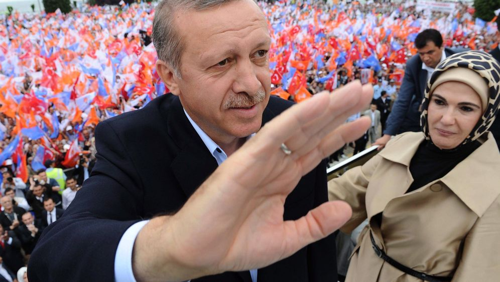 Wahl in der Türkei: Erdogan und sein schärfster Rivale