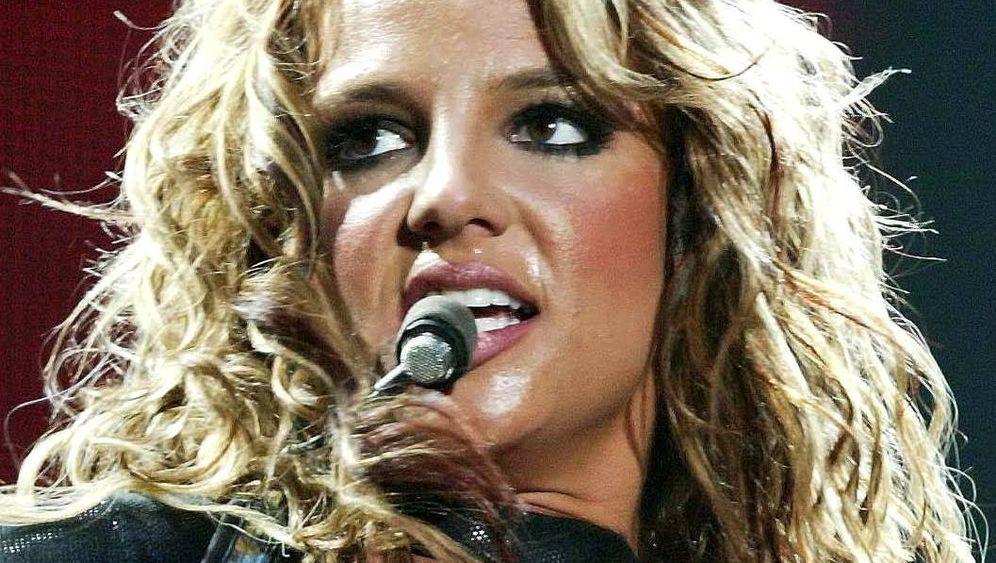 Britney Spears: Zu freizügig fürs Personal