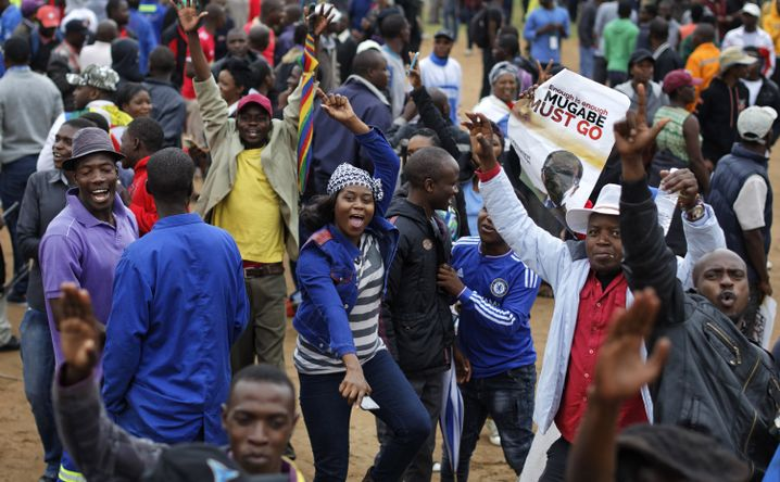 Demonstranten in Harare