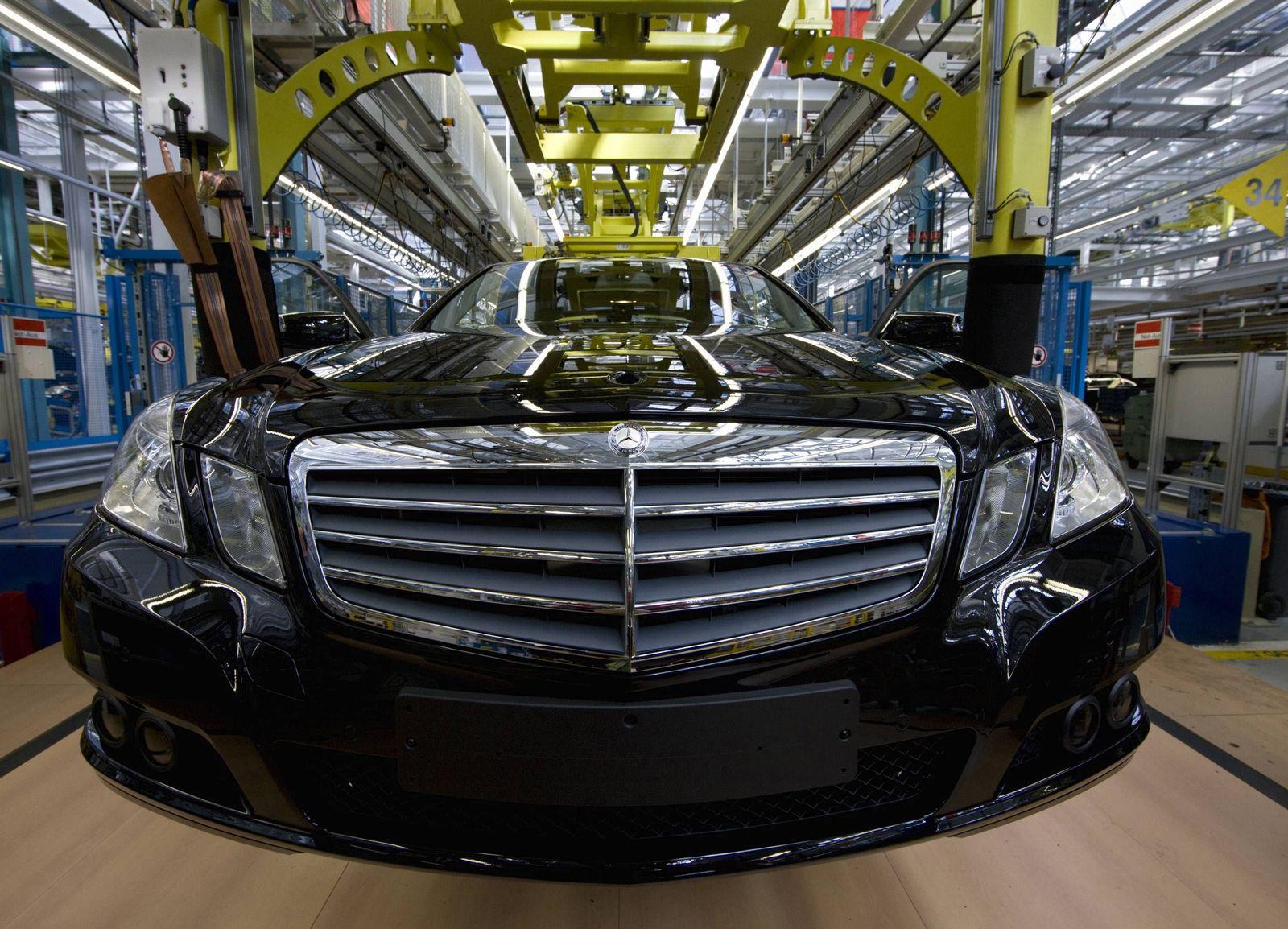 NICHT VERWENDEN Daimler