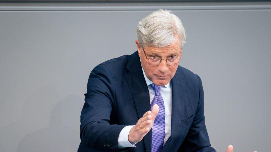 Norbert Röttgen (CDU): »Es darf jetzt nicht zugelassen werden, dass die Taliban militärisch einseitig Fakten schaffen«