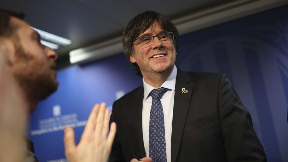 Gegen Carles Puigdemont hat Spanien einen Haftbefehl erlassen