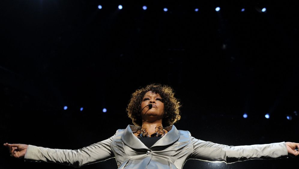 Whitney Houston: Königin der Soul-Diven