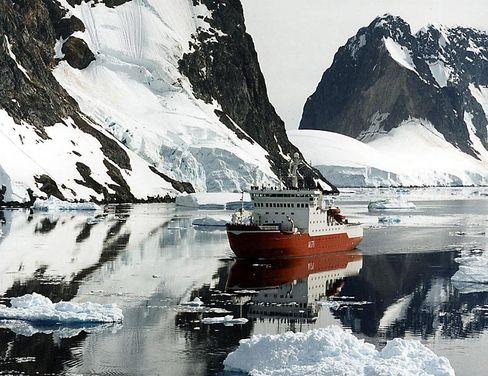 """Eisbrecher HMS """"Endurance"""" in der Antarktis: """"Die Erde scheint uns retten zu wollen"""""""