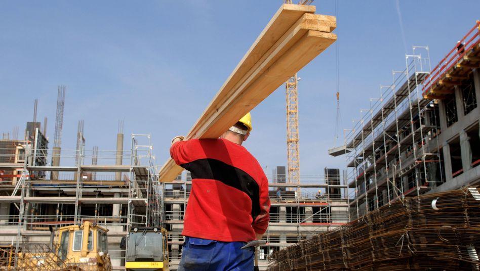 Geradlinig wie 'ne Dachlatte: Viele Arbeitnehmer vermissen die Sicherheit stabiler Stellen